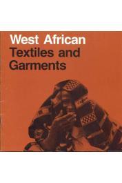BOSER-SARIVAXEVANIS Renée, GARDI Bernhard - West African Textiles and Garments from the Museum für Völkerkunde Basel. Catalogue de 2 expositions réalisées à l'University Gallery  et à la Goldstein Gallery de Minneapolis en juin 1980